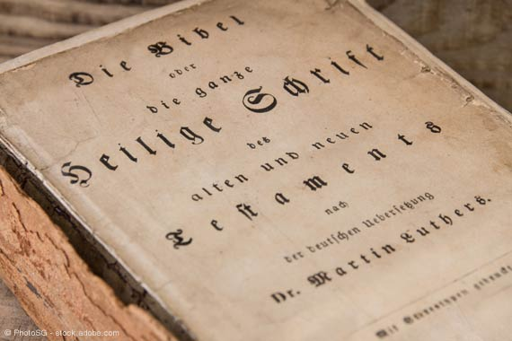Ist urtext nächsten bibel welche dem am Welche Bibel.